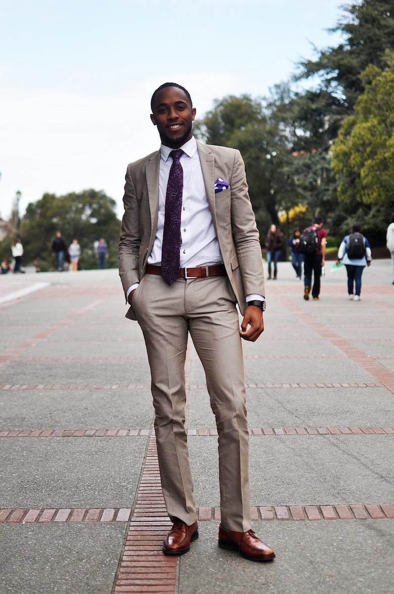 homem usando terno