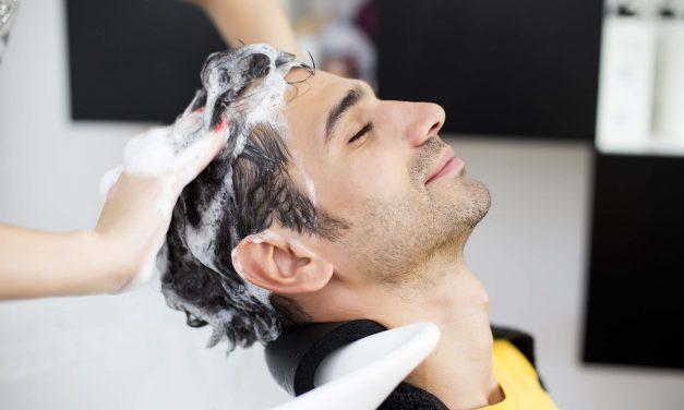 Tipos de shampoo: conheça o mais indicado para o seu cabelo