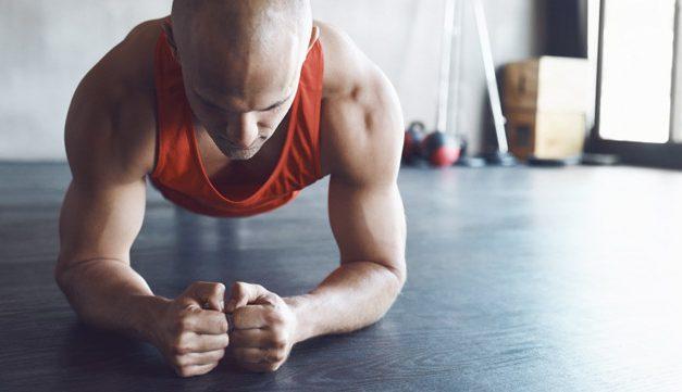 Saiba quais são os melhores exercícios físicos para fazer em casa
