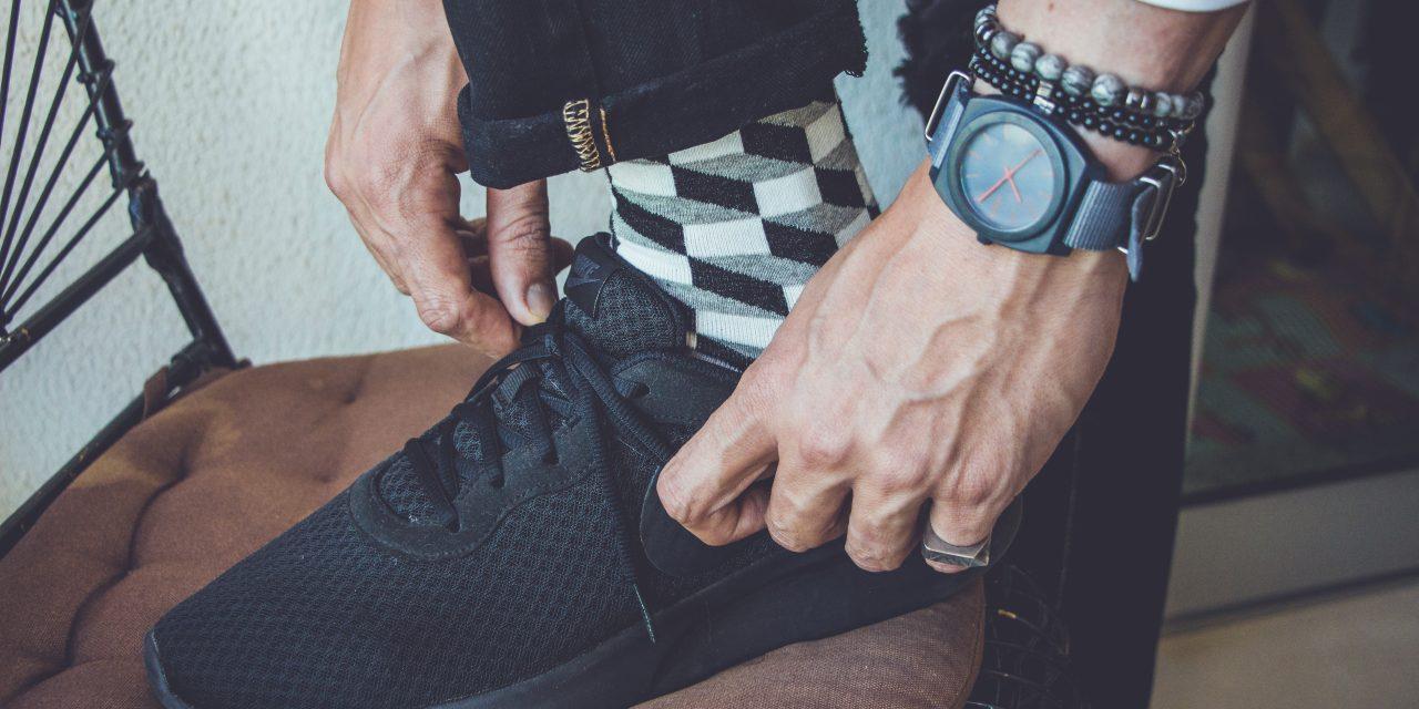 Meias coloridas masculinas: como usar com elegância?