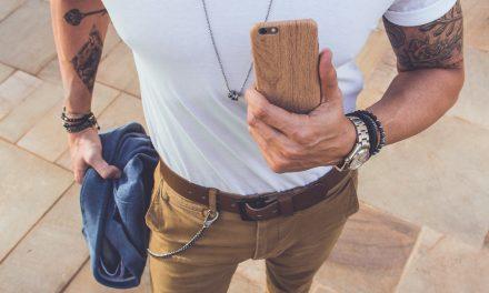 Descubra a elegância dos acessórios masculinos de madeira