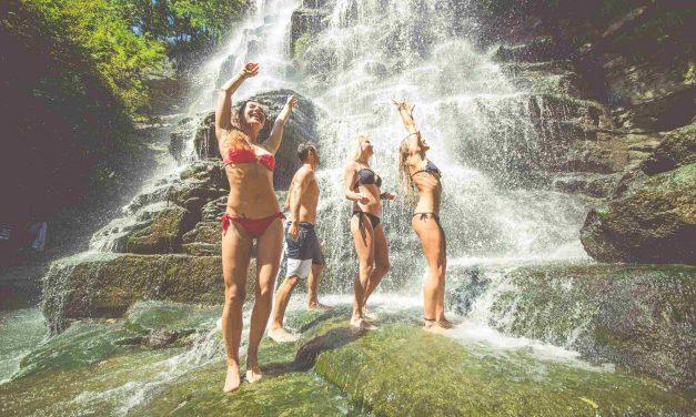 Mergulhe nas cachoeiras mais bonitas do Brasil